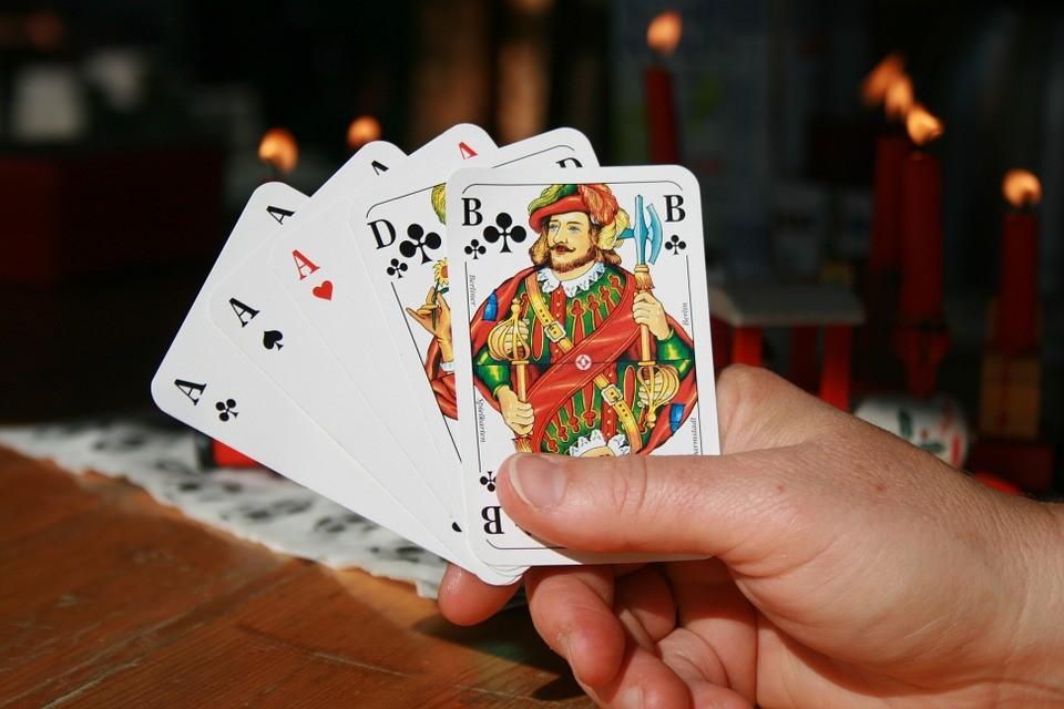 Poker online kan een echte uitdaging zijn